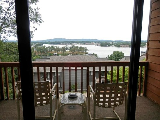 South Shore Lake Resort: Balcony