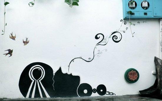 La K-leta de Dona Yoly  Guest House : wall art