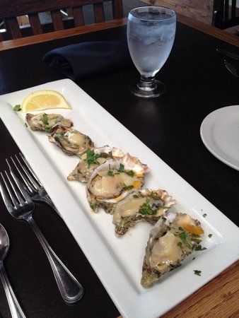 Kokopelli Grill : Grilled oysters