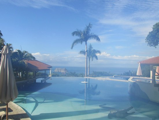 Parador Resort and Spa: View from the pool near the suites