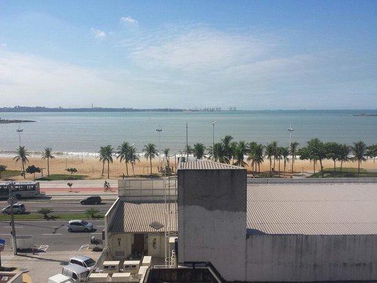 Ibis Vitoria Camburi : Vista do quarto