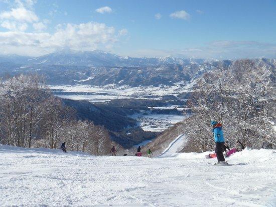 Nozawa Onsen Ski Resort: Beautiful Nozawa Onsen slopes