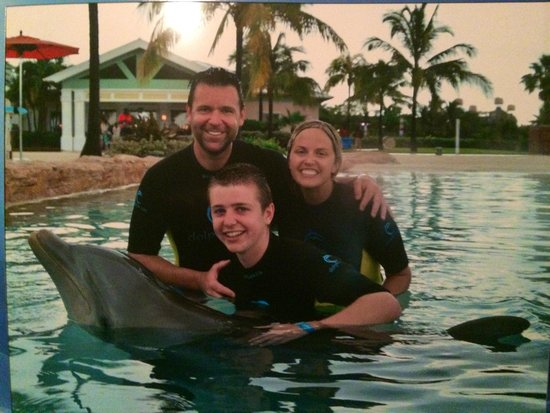 Atlantis, Coral Towers, Autograph Collection: Shallow water dolphin experience