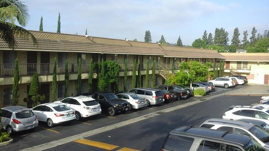 BEST WESTERN Monterey Park Inn: parking