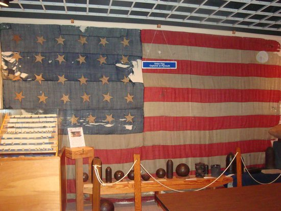 Port O'Plymouth Museum : Union Flag