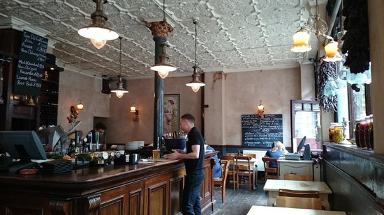 Norfolk Arms : Ambient