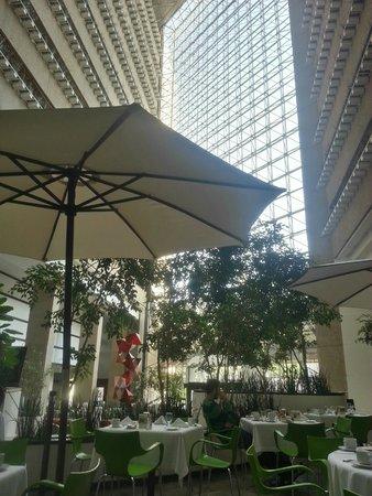 Radisson Paraiso Hotel Mexico City: Zona de restaurante