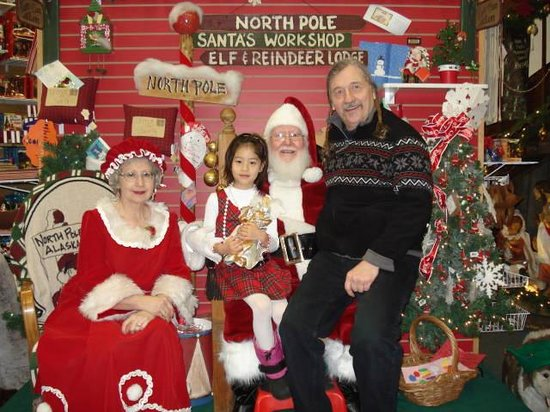 Fairbanks City Tour   Tours: You Can Have Your Picture Taken With Santa At  Santa