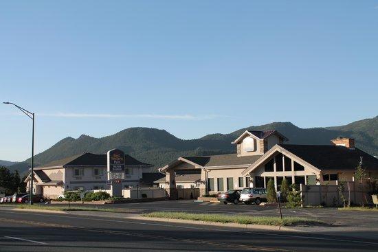 BEST WESTERN PLUS Silver Saddle Inn : Morning Sun Rise