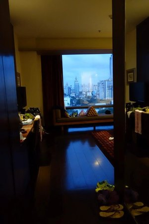 VIE Hotel Bangkok, MGallery by Sofitel : Entering our Deluxe Room