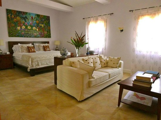 La Giralda: Villa Almirante