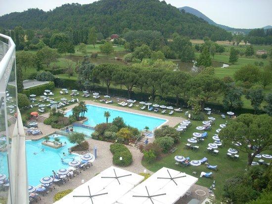 Radisson Blu Resort, Terme di Galzignano: Vista delle piscine dal terrazzo