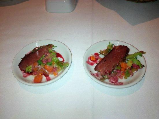 Sol y Luna - Relais & Chateaux: Alpaca appetizer, delicious.