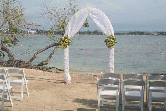 ClubHotel Riu Negril: Wedding set up
