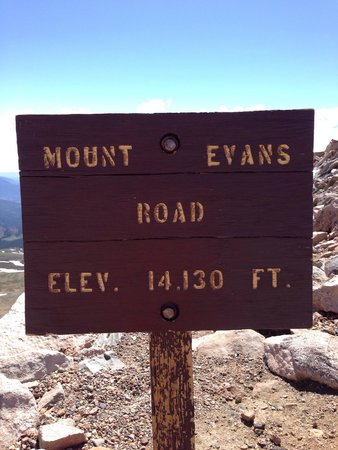Mount Evans : At the top!