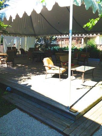 Summers Inn Ludington : Patio