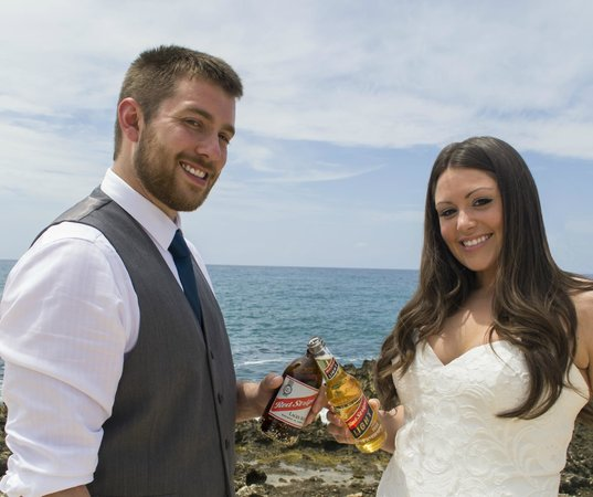 Coral Cove Resort : day after wedding