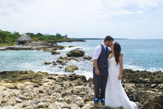 Coral Cove Resort: day after the wedding shoot
