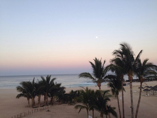Paradisus Los Cabos: Full moon over the ocean.