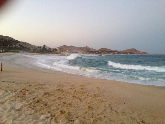 Paradisus Los Cabos: Amazing waves!
