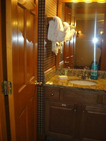 Westgate Smoky Mountain Resort & Spa : Bathroom