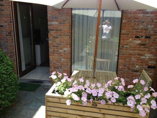 Bonobo Apart Hotel : Private patio for #15