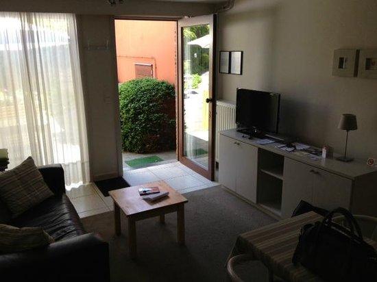 Bonobo Apart Hotel: The living room of #15