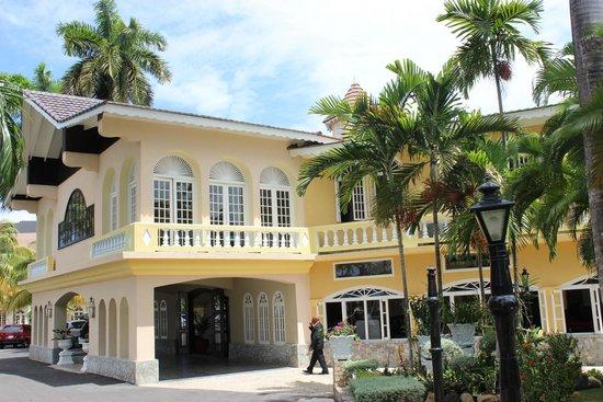 SeaGarden Beach Resort : Lobby