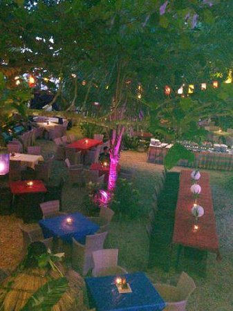 The Beach House Balikpapan: open space