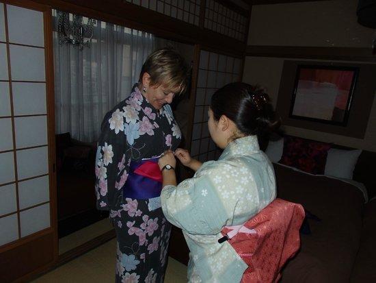 Oyado Koto no Yume : You can get a lesson from the staff on Japanese Yakata / Kimono dressing