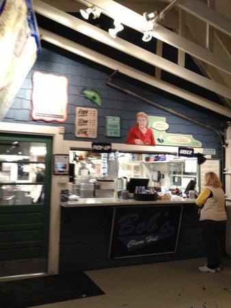 Bob's Clam Hut: Cute, clean, nice stop