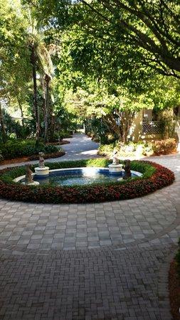 Hyatt Regency Coconut Point Resort & Spa: Another quaint spot to sit