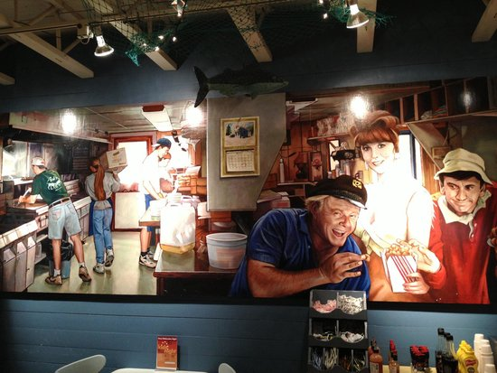 Bob's Clam Hut: Awesome Mural
