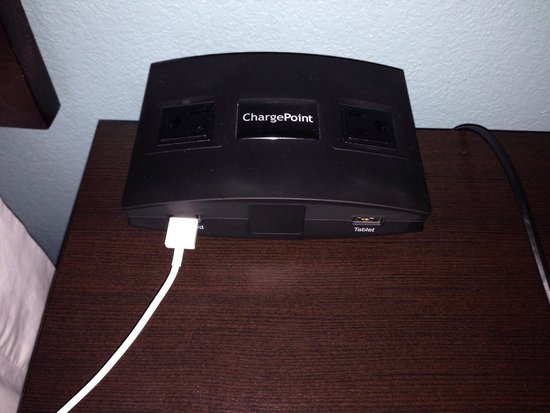 Hampton Inn North Brunswick/New Brunswick: Brilliant technology available in the room!