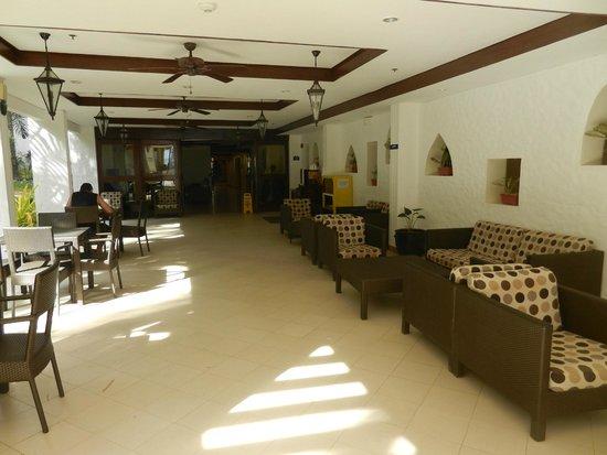 Microtel Inn & Suites by Wyndham Boracay: loungue