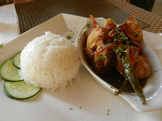 Microtel Inn & Suites by Wyndham Boracay : local cuisine
