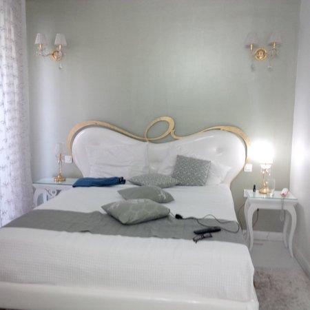 Athens Diamond Homtel: Comfortable beds