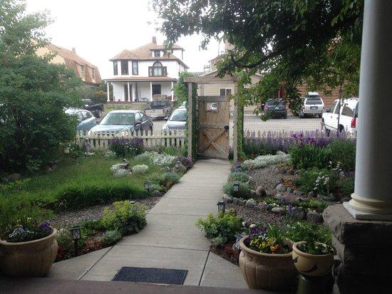 Gardiner Guest House B&B : garden