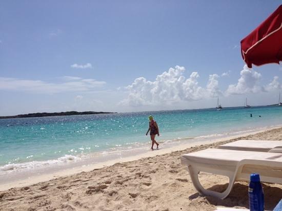 Orient Bay Beach : beautifuo water!