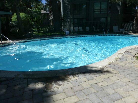Sierra Park Villas: pool