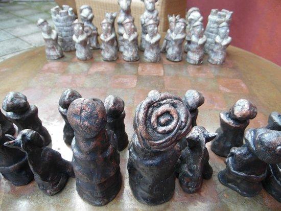 Hotel La Casona de Tita: Juego de ajedrez. Artesanía