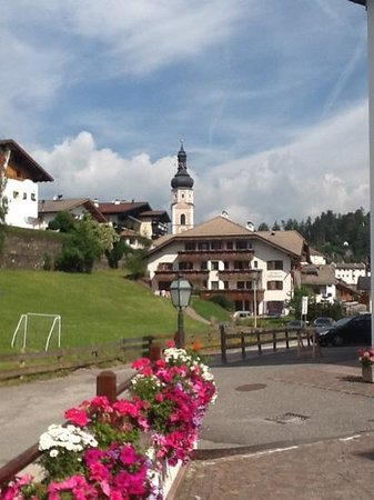 Hotel Alpenroyal: castelrotto dall' hotel