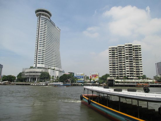 Chao Phraya River: area depan riverside