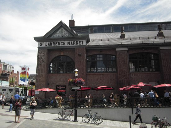 St. Lawrence Market: The market on a nice day.
