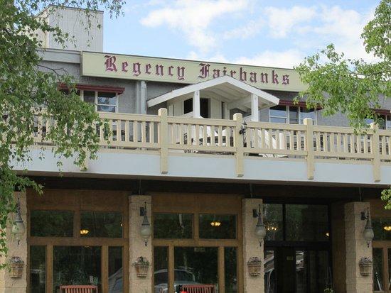 Regency Fairbanks Hotel : Outside