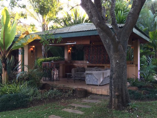 Casa Kadiki Bed & Breakfast: A place to relax infront of Guineafowl