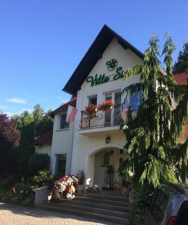 Villa Siesta: Budynek hotelu
