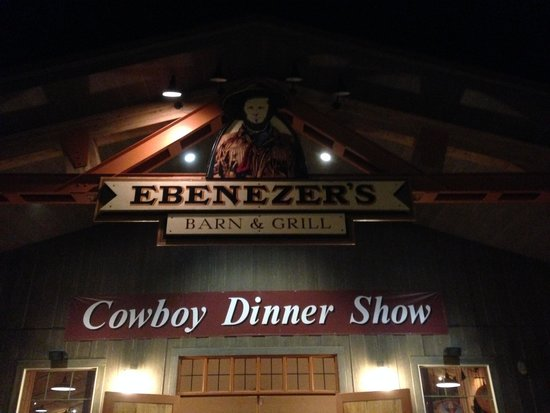 Ebenezer's Barn & Grill: Entry sign