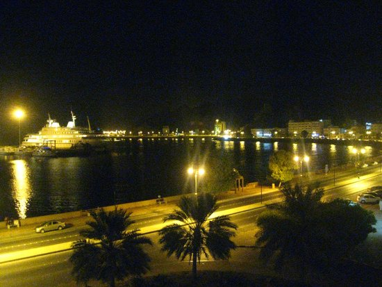 Naseem Hotel: View at night from room