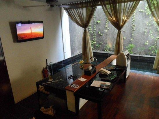 18 Suite Villa Loft: Living Room